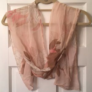 Pretty in Pink lightweight scarf